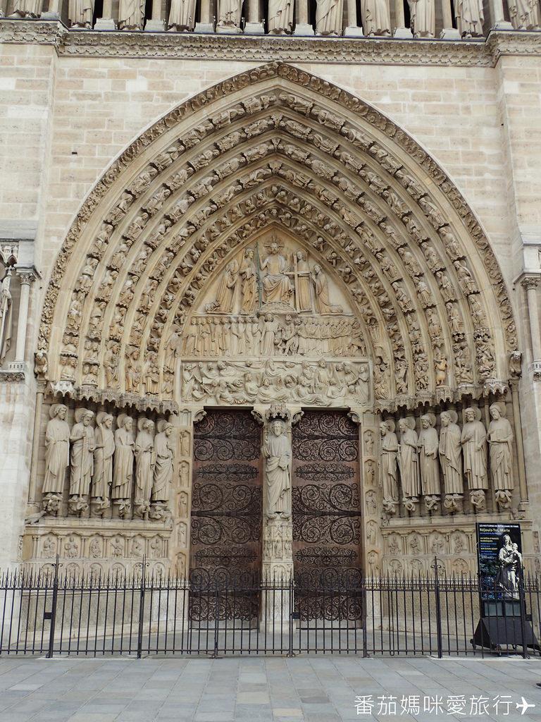 巴黎DAY2 巴黎鐵塔&凱旋門&聖心堂&聖母院&塞納河遊船 (55)
