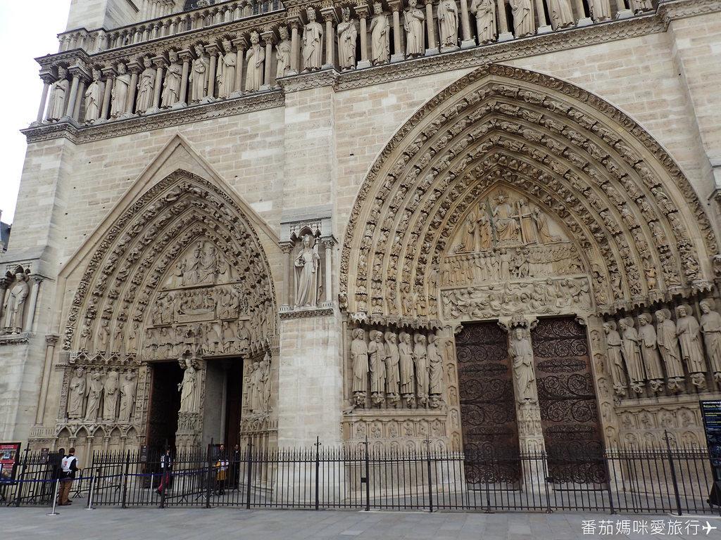 巴黎DAY2 巴黎鐵塔&凱旋門&聖心堂&聖母院&塞納河遊船 (57)