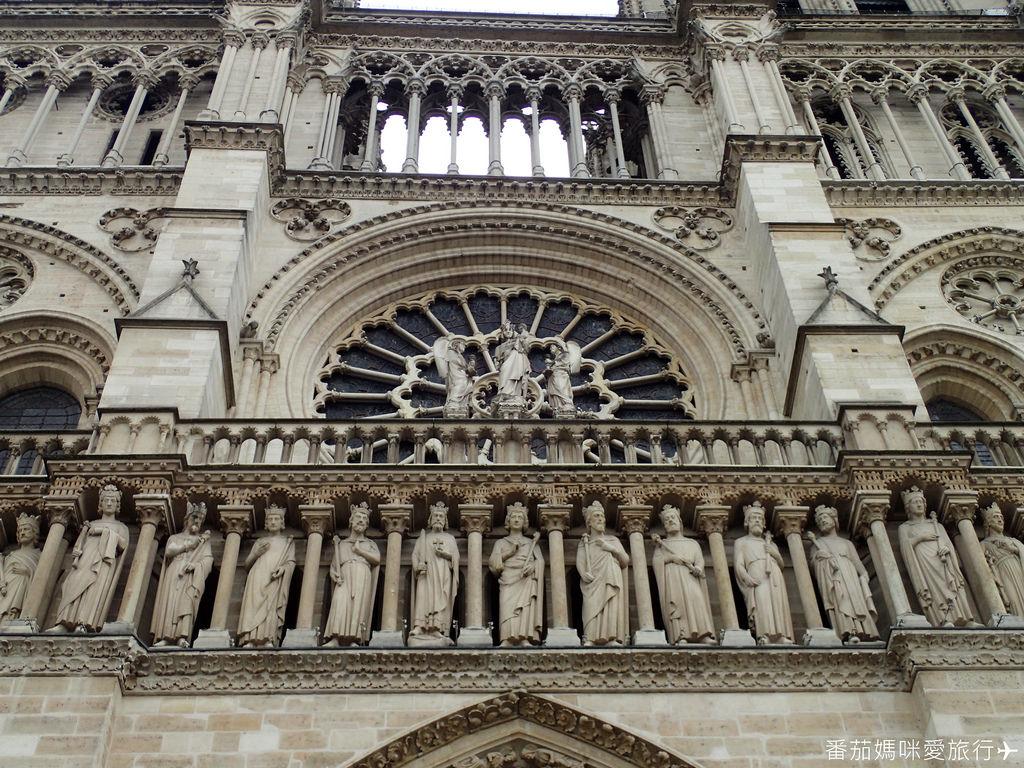 巴黎DAY2 巴黎鐵塔&凱旋門&聖心堂&聖母院&塞納河遊船 (58)