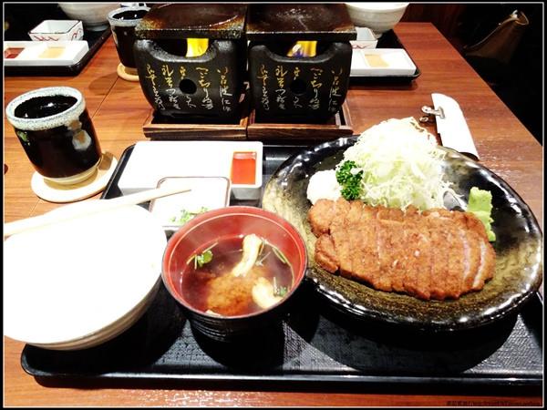 東京新宿炸牛排-牛かつ もと村 (11)