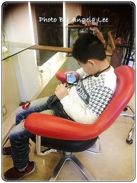 16-12-17-14-00-40-909_photo