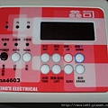 鑫司 15加侖KS-15SE 電爐 電熱水器 微電腦 智慧感溫 保固五年(盤面顯示).jpg