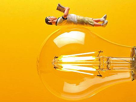 選對LED燈,省電不傷眼.jpg