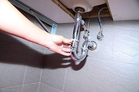 廚房水管不再臭!4款天然清潔劑好好用6.jpg