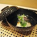 茗荷豌豆香菇鱸魚清湯
