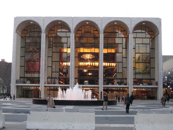 大都會歌劇院,我們是來買票的