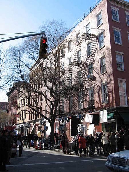 在紐約街上閒逛隨便都能看到這樣的電影拍攝現場