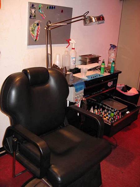 像不像牙科診所的椅子?