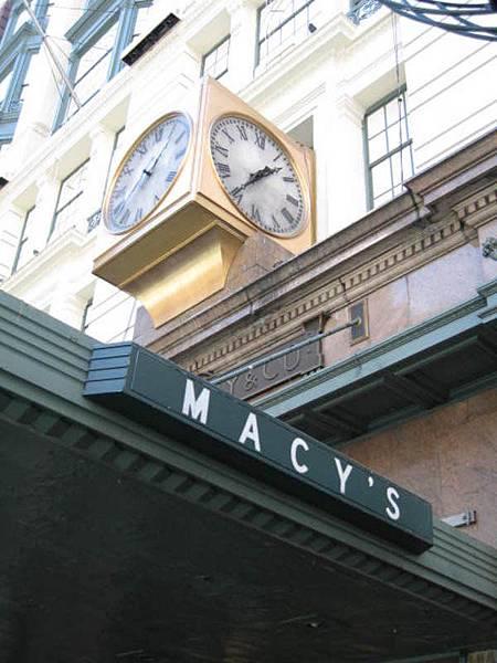 梅西百貨門口的鐘