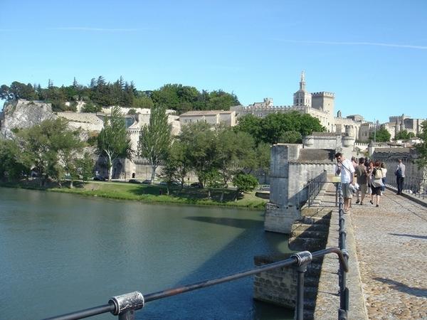 亞維儂斷橋上遠眺教皇宮