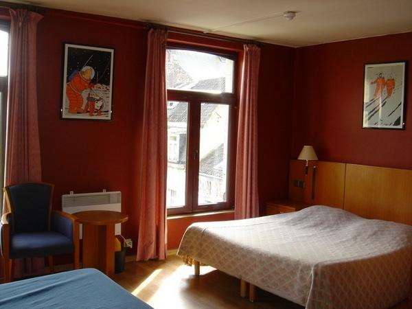 我們訂的是兩人房,竟然自動升等成兩張大床的四人房