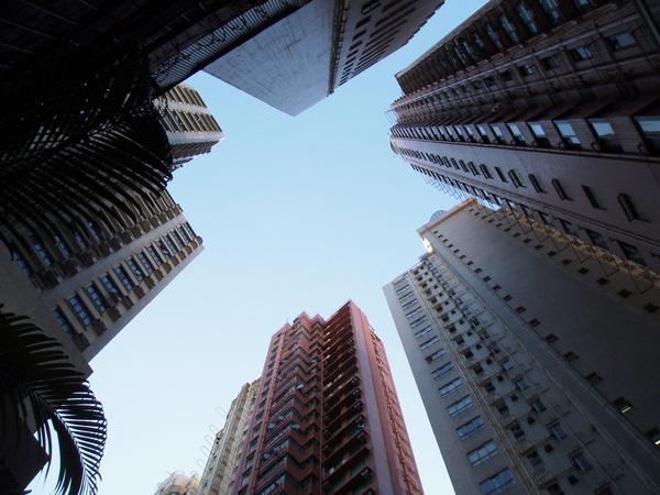 在跑馬地喝下午茶時拍的公寓大廈