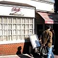 這家Edoya有「奇摩美食摩人」評為全東京最好吃的蛋包飯,沒想到就在我家附近