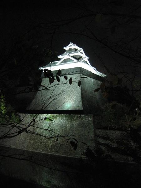 熊本城是室町時代隈本城加以改建成,江戶時代豐臣政權入主肥後國後,當地藩主的官邸