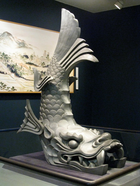 終於進入天守閣參觀,這隻半龍半魚的吉祥物很吸引人