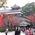 要離開熊本城區了,才發現這裡才是觀光團聚集的正門口