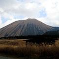 傳說中的阿蘇火山,因為太冷,我們沒有搭纜車上去
