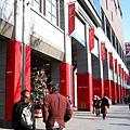 街上充滿聖誕氣息