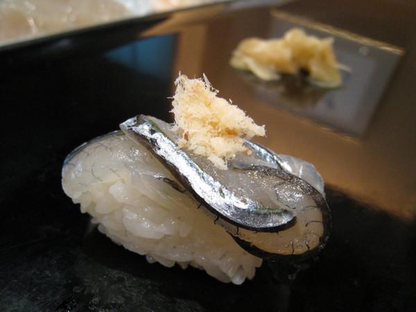 我則比較喜歡有彈性的白肉魚