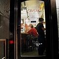 比薩店小巧溫馨,全店只能容納12位客人