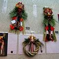 各種造型的新年「注連繩」,掛在門上有祈福招財驅邪作用