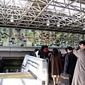 品川車站內的漂亮壁畫