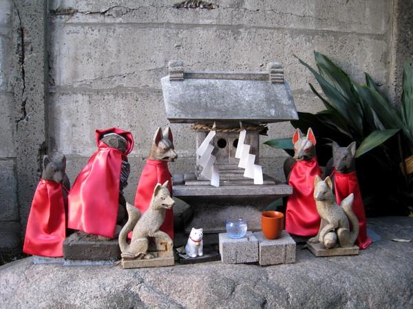 波除神社中還有拜狐狸