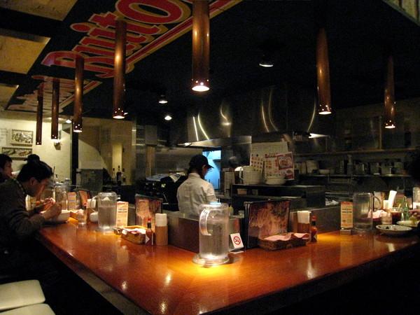 離開表參道已是晚餐時間,隨意在麻布十番某家平價Pasta店解決