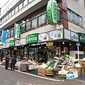 都是歐巴桑上門採買的蔬果店
