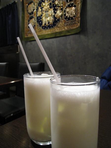 加點的印度式乳酸飲料Lassi,還OK