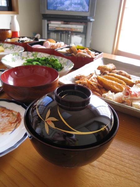 因為日本的正月料理,同樣菜色可是要一連吃個好幾天