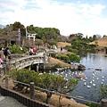 幾乎所有日式庭園,都少不了小橋流水