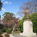 肥後領主細川忠利的銅像。熊本古稱「肥後」