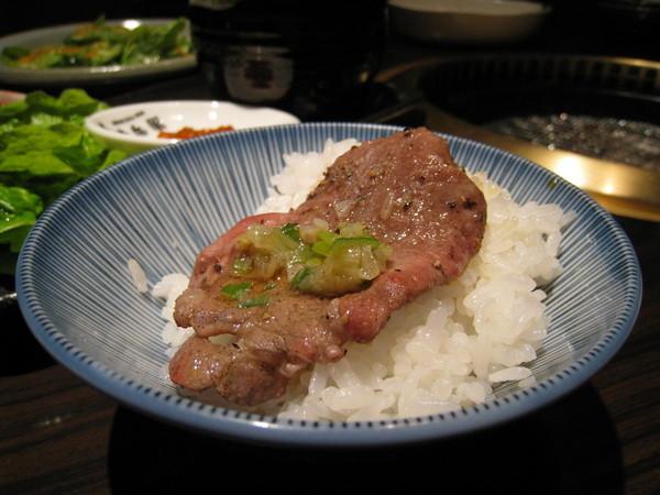 吃燒肉怎麼能忘了白飯?