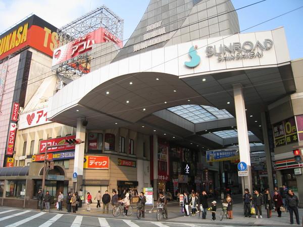 2/9,我們到熊本新市街前搭市區電車去吃拉麵