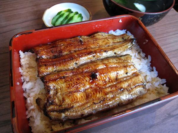 我點的是最小份的「鰻並重」,1600日圓
