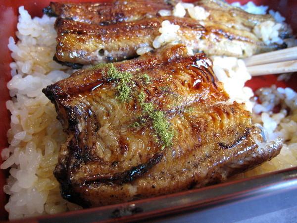 我以為會很辣,但完全不覺,或許是蒲燒鰻本身的滋味太突出