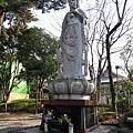 寺院內的觀音塑像