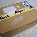 2/24週日中午,單車快遞公司送來我垂涎已久的愛心包裹