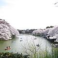護城河竟然如此寬闊氣派,日本人不簡單啊(笑)