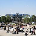 由城堡遠望廣場