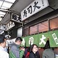 今天的目標是築地名店「壽司大」,開始排隊時是九點半