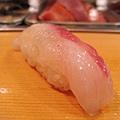 第二道是魴鯡(ほうぼう)握壽司,比較清淡的白肉魚