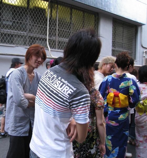 誰能告訴我東京痞子跟台客差在哪裡?