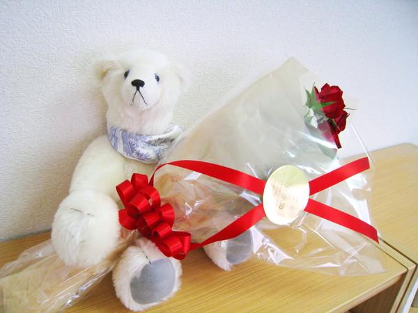 結婚一週年紀念,大白送的花束