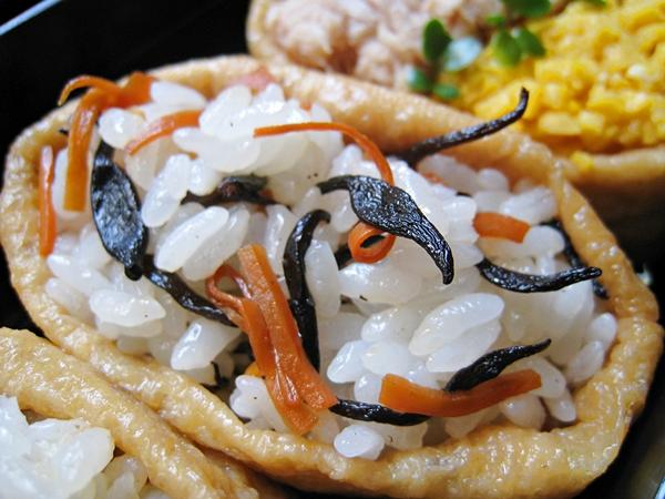 羊栖菜煮物稻荷壽司