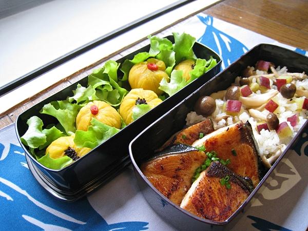 愛妻便當圖解第二十發:照燒魚排、甘藷鴻禧菇炊飯、肉鬆地瓜茶巾、甘栗地瓜茶巾