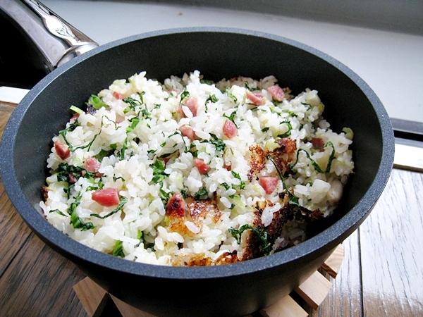 用寶迪鍋煮出有鍋巴的上海菜飯