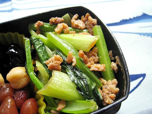 味噌肉末炒小松菜