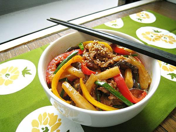 香辣大根甜椒炒牛肉